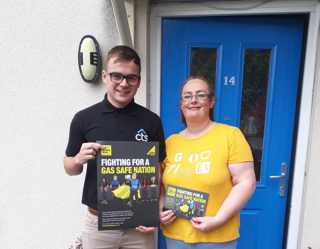 Team CTS member Darren, pictured with a tenant during gas safety week.